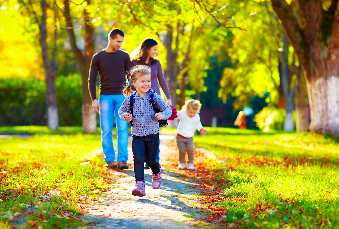 Eight ways to make your daily walk with children exciting