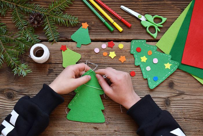 festive themed crafts