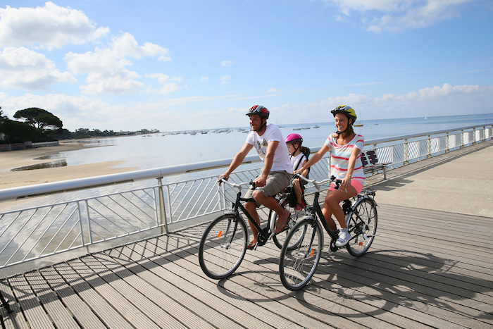 Summer cycling tips for the whole family